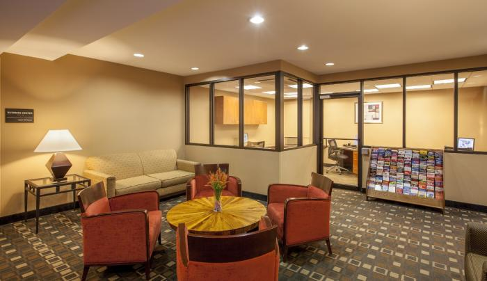 Hampton Inn New York - LaGuardia Airport Business Center Lobby