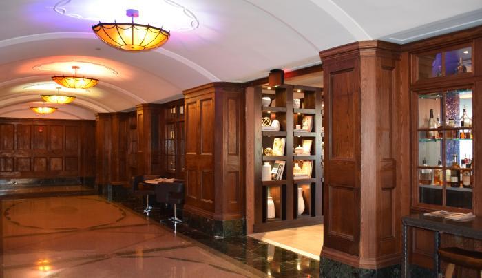 Renaissance Albany Hotel - Lobby Arcade