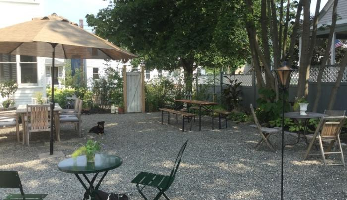 Rivertown Guest House outdoor space