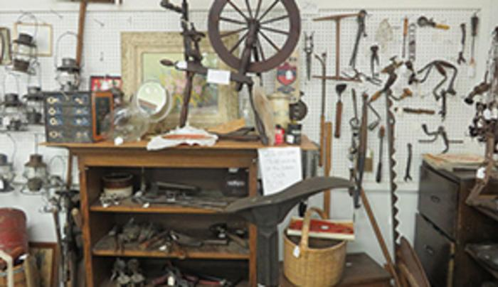 display at Salamanca Mall Antiques