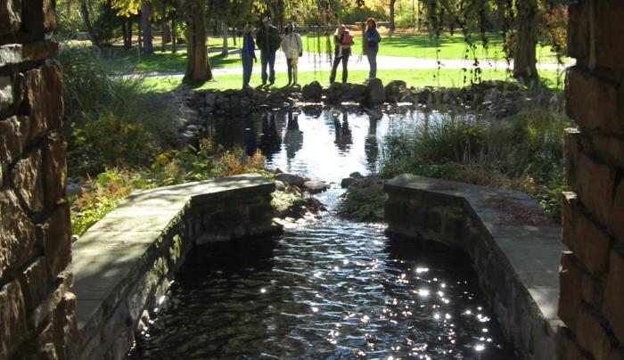 Graycliff Sparkling Fountain in Autumn with Visitors
