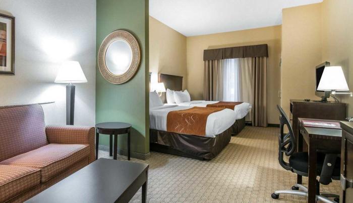 Queen Suite Rooms