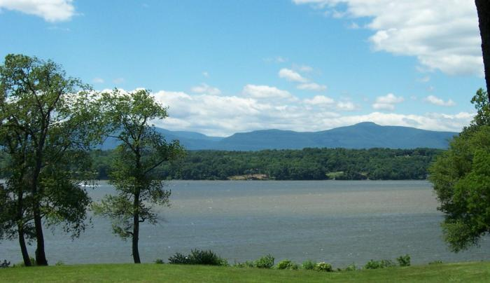 Catskill Mountain View.jpg