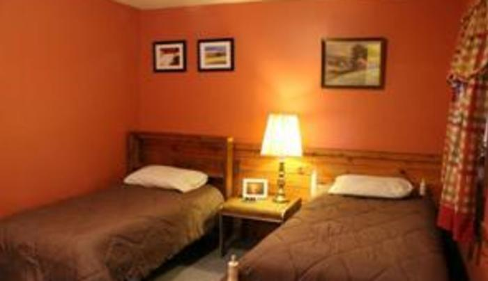 The Good Luck Lodge Angler Suite