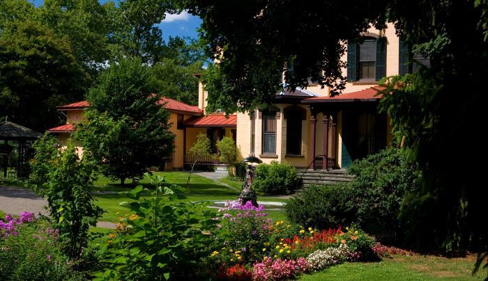 Seward House Museum - Gardens