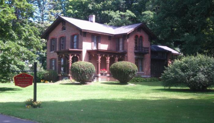 Tuthill House