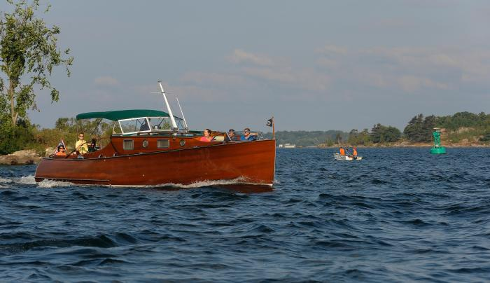 Antique Boat Rides from Antique Boat Museum