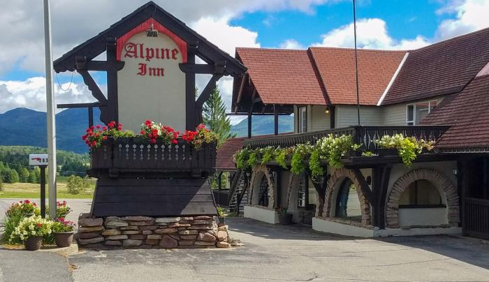 Alpine Inn, exterior