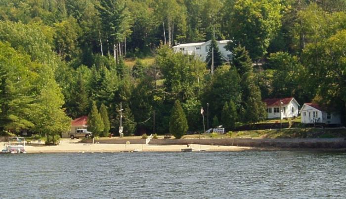 Seaman's Lakeshore Cabins
