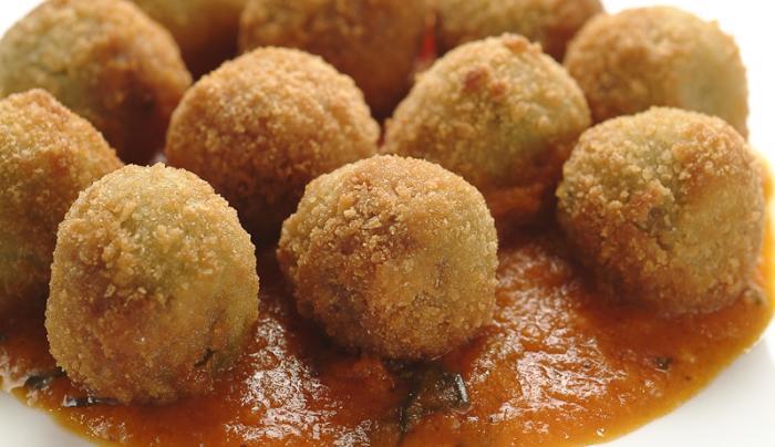 *Too Small*Arancini- Italian Style Saffron Rice Balls - 800x533 Pixels