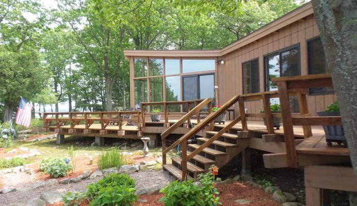 Channelside Cottage