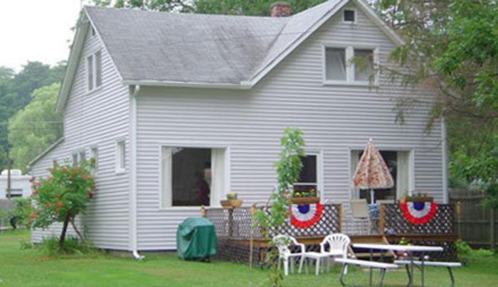 Hadley Bay Summer House