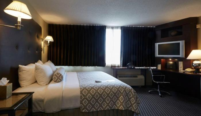 Crown Plaza Rooms
