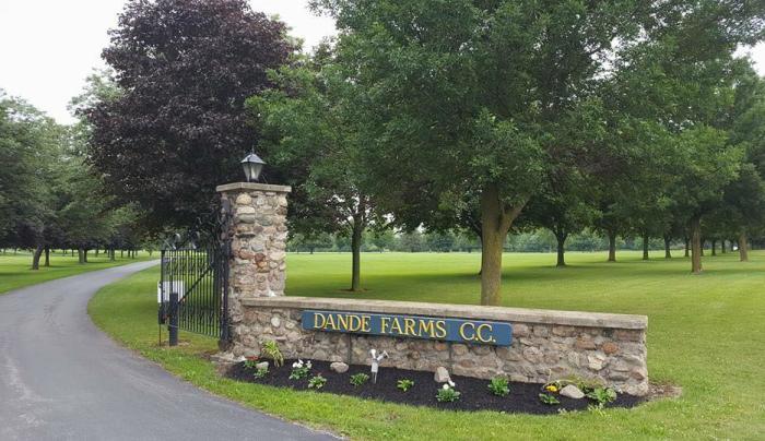 Dande Farms Country Club