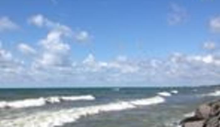 dowie dale beach 3