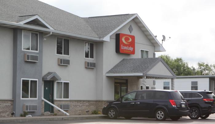 Exterior of the Econo Lodge in Canandaigua