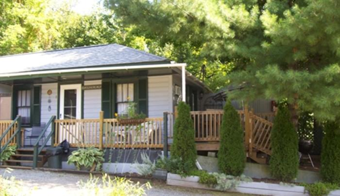 Adirondack Sunrise Lodge