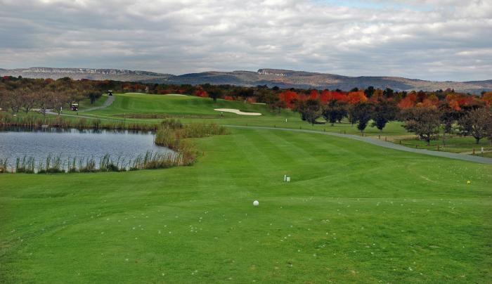 Apple Greens Golf 002.jpg