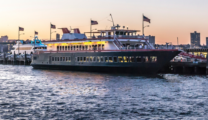 Hudson's by World Yacht at Pier 81