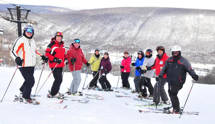 finger-lakes-bristol-mountain-winter-skiing-group