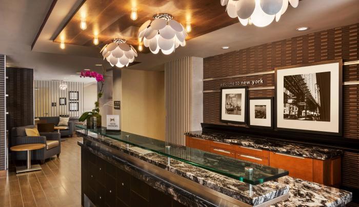 Pearl lobby at Hampton Inn Manhattan Downtown