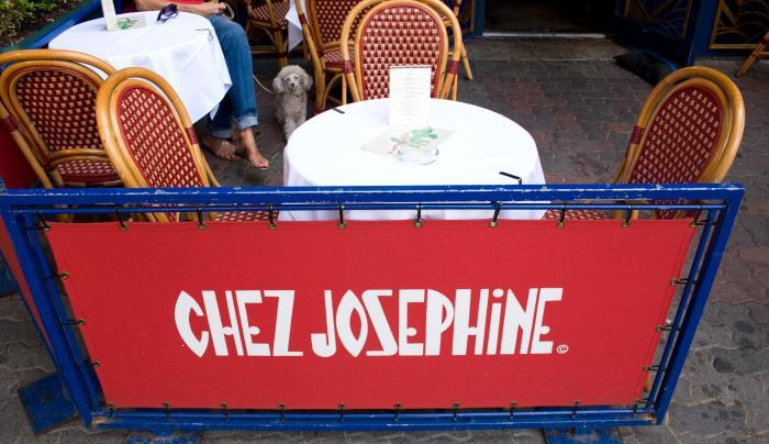 Chez Josephine