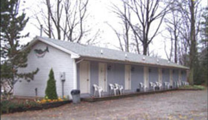Capain's Cove Lodge