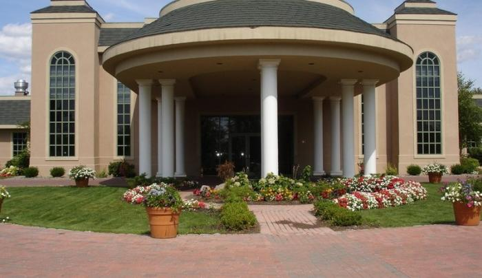 Mohawk River Country Club and Chateau