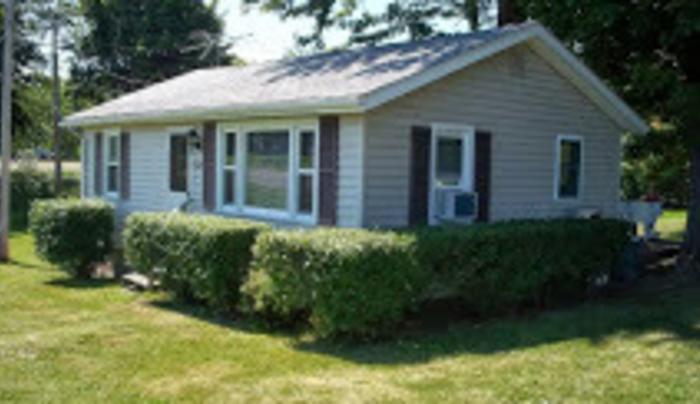 Rick's Creekside Cottage