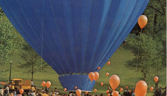 Blue Sky Balloons - ground