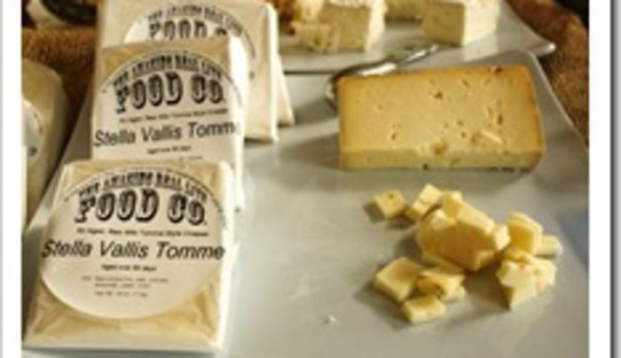 Rhinebeck Farmers Market - Amazing RL Cheese