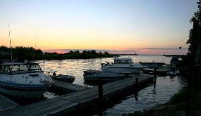 sunset_over_slips
