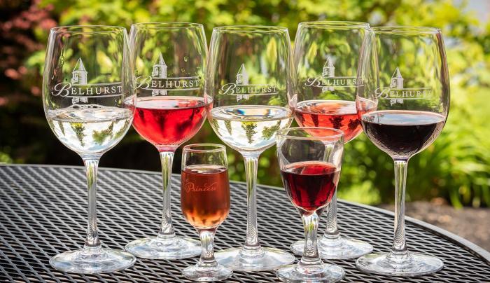 Tasting glasses of Belhurst wine
