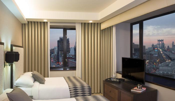 The Leon Hotel, room