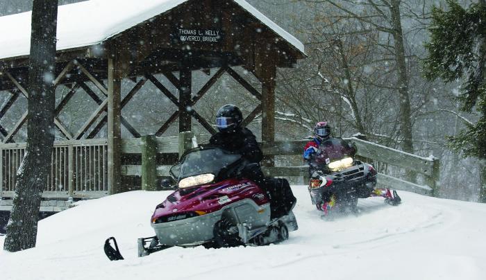 ASP-snowmobile-DMcGee.jpg