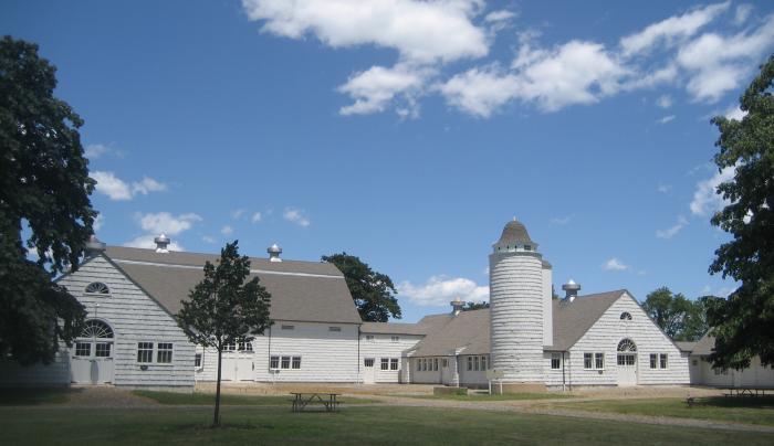 1367_261_caumsett barn_KKM 393.jpg