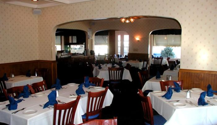 Bowery Upstairs dining area_JPG.jpg