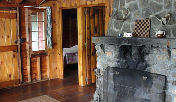 Mt. Arab Lodge & Cottages, Tupper Lake, Piercefield