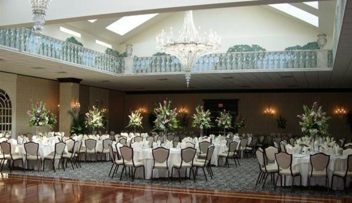 10D. Inn at East Wind Banquet Room.jpg
