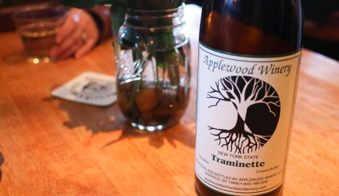 Applewood Winery - Jonathan Hull - Photo by Ryan Reily