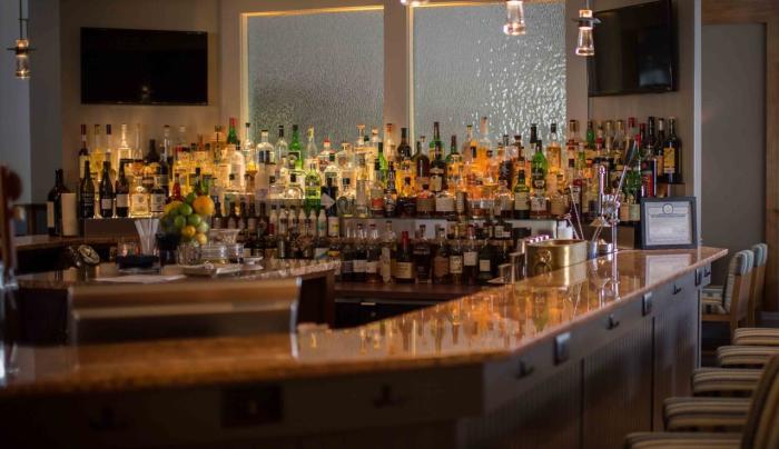 Woodnotes Bar