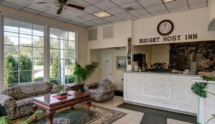 Budget Host Hotel