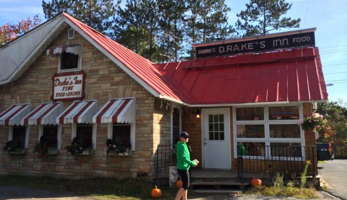 Drake's Cottages