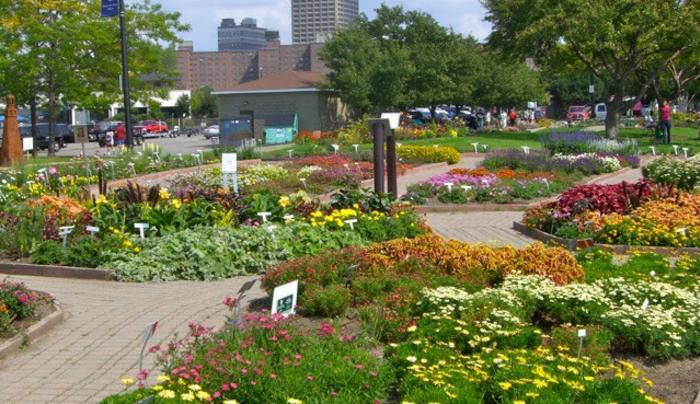 Erie Basin Marina & Gardens