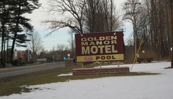 Golden Manor - sign