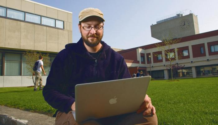 A student at the FLCC Canandaigua Campus