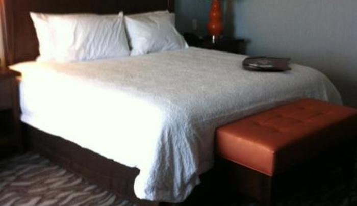 Hampton Inn guest room