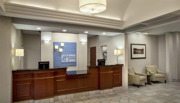 Lobby - Holiday Inn Express