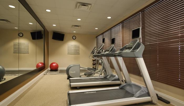 Hilton Garden Inn Islip MacArthur Airport Hotel Fitness Center