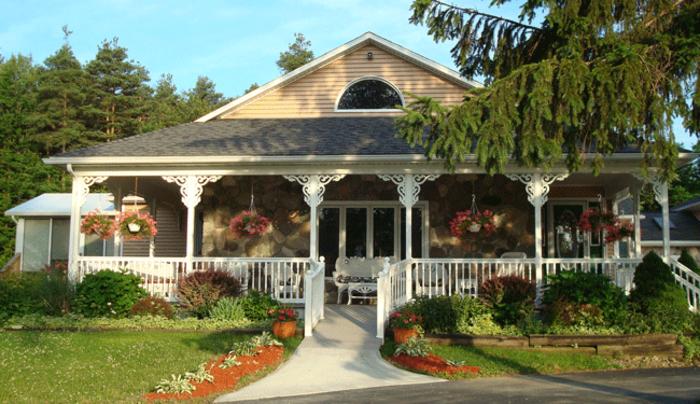 Pinewoods Cottage B & B